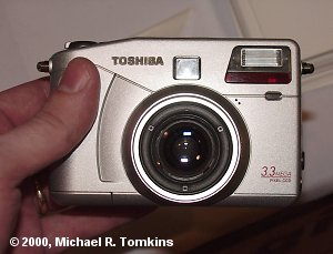 Toshiba's PDR-M70 mockup, shown at PMA 2000.  (c) 2000, Michael R. Tomkins