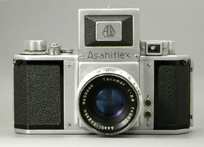 The Asahiflex II, debuting in 1954, was the world's first camera with an instant return mirror system. Photo provided by Pentax Imaging Co.