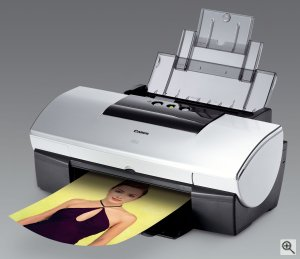 Canon's i950 photo printer. Courtesy of Canon, with modifications by Michael R. Tomkins. Click for a bigger picture!
