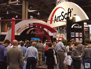 ArcSoft's booth. Copyright © 2001, Michael R. Tomkins. All rights reserved. Click for a bigger picture!