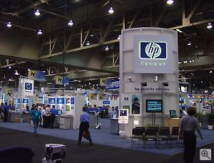 Hewlett-Packard's booth. Copyright © 2001, Michael R. Tomkins. All rights reserved. Click for a bigger picture!