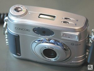 Concord's Eye-Q 312AF digital camera. Copyright © 2002, Michael R. Tomkins. All rights reserved.