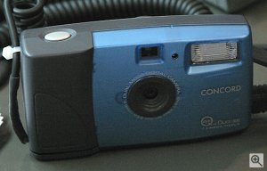 Concord's Eye-Q Duo 1300 digital camera. Copyright © 2002, Michael R. Tomkins. All rights reserved.