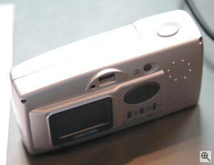 Concord's Eye-Q Duo LCD digital camera. Copyright © 2002, Michael R. Tomkins. All rights reserved.