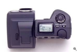 Nikon's Coolpix 995 digital camera. Copyright (c)  2001, The Imaging Resource. All rights reserved. Click for a bigger picture!