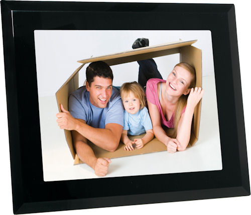 JOBO Crystal 15 digital picture frame. Photo provided by Jobo AG. Click for a bigger picture!