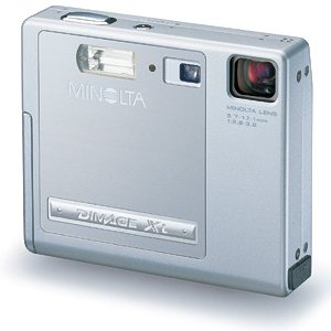 Minolta's DiMAGE Xi digital camera. Courtesy of Minolta, with modifications by Michael R. Tomkins.