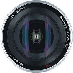 Front view of the Carl Zeiss Distagon T* 2,8/21 ZE lens. Photo provided by Carl Zeiss AG. Click for a bigger picture!