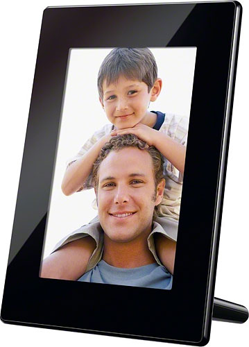 Sony's DPF-HD700 digital photo frame in portrait orientation. Photo provided by Sony Electronics Inc. Click for a bigger picture!
