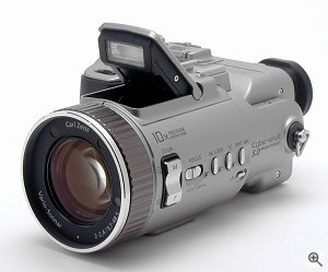Sony's Cyber-shot DSC-F707 digital camera. Copyright © 2001 The Imaging Resource. All rights reserved. Click for a bigger picture!