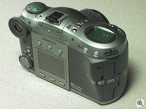 Pentax's EI-3000 SLR-style digital camera. Copyright (c) 2001, Michael R. Tomkins, all rights reserved. Click for a bigger picture!