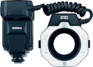 Sigma's Electronic Flash Macro EM-140DG for Sony and Pentax. Courtesy of Sigma, with modifications by Michael R. Tomkins. Click for a bigger picture!