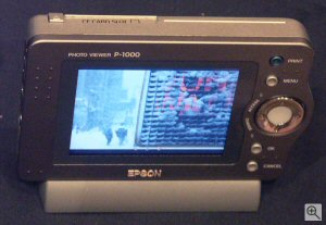Epson's P-1000 photo viewer. Copyright © 2003, The Imaging Resource. All rights reserved. Click for a bigger picture!