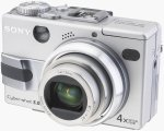 Sony's Cyber-shot DSC-V1 digital camera. Copyright © 2003, The Imaging Resource.  All rights reserved.