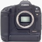 Canon's EOS-1Ds digital camera. Copyright © 2002, The Imaging Resource. All rights reserved.