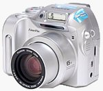 Fuji's FinePix 2800 Zoom digital camera. Copyright © 2002, The Imaging Resource.  All rights reserved.