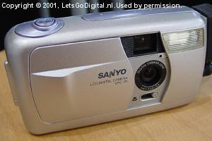 Sanyo's VPC-R1 digital camera. Courtesy of LetsGoDigital.nl.