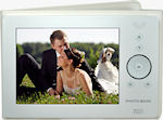 Digital Foci's Pearl White Photo Book. Photo provided by Digital Foci.