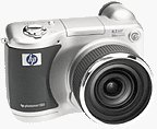Hewlett-Packard's Photosmart 850 digital camera. Courtesy of Hewlett-Packard, with modifications by Michael R. Tomkins.