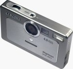Samsung's Digimax U-CA 401 digital camera. Copyright © 2004, The Imaging Resource. All rights reserved.