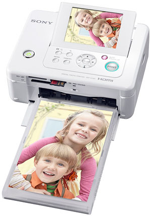 Sony's  DPP-FP95 photo printer . Courtesy of Sony, with modifications by Zig Weidelich.