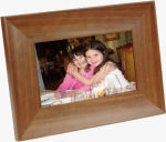 Smartparts' SPDPF70EW digital picture frame. Courtesy of Smartparts Inc., with modifications by Michael R. Tomkins.