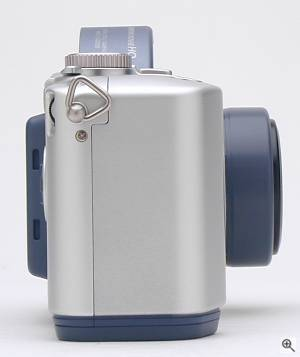 Sony's MVC-CD200 digital camera, right view.  Copyright (c) 2001, The Imaging Resource. All rights reserved. Click for a bigger picture!