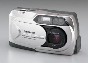 Fuji FinePix 1400 Zoom Front View - click for a bigger picture!