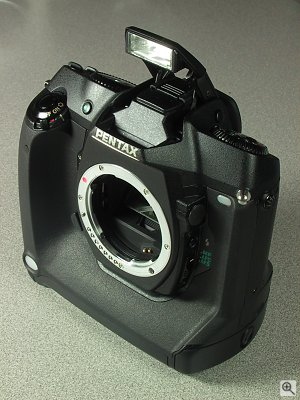 Pentax's as-yet unnamed SLR digital camera. Copyright (c) 2001, Michael R. Tomkins, all rights reserved. Click for a bigger picture!