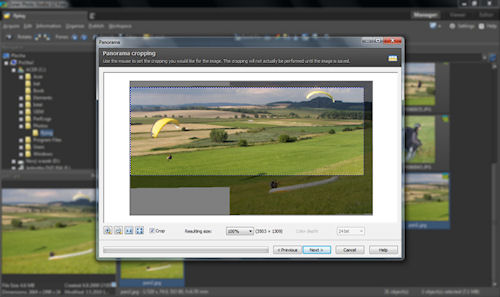 Creating and cropping a panorama with Photo Studio Free. Screenshot provided by Zoner Software A.S. Click for a bigger picture!