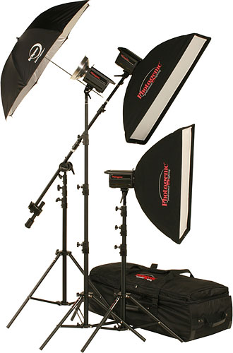 The PL2815KPW Solair™ 3-Light Studio Kit with PocketWizard™ Built-In. Photo provided by Promark International Inc. Click for a bigger picture!