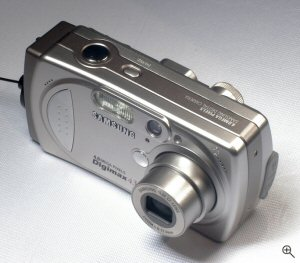 Samsung's Digimax 430 digital camera. Copyright © 2004, The Imaging Resource. All rights reserved. Click for a bigger picture!