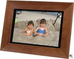 Smartparts' SP104WM digital picture frame. Courtesy of Smartparts Inc., with modifications by Michael R. Tomkins. Click for a bigger picture!