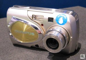 Olympus' Camedia Stylus 400 digital. Copyright (c) 2002, The Imaging Resource. All rights reserved.