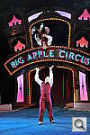 Click to see Ycircus_toss05-8000.JPG