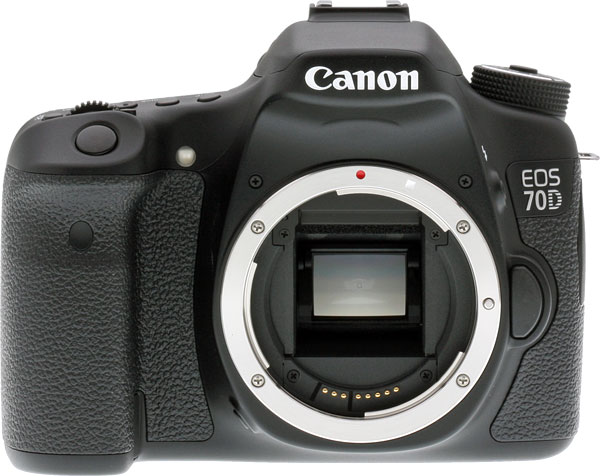 Canon 70D review -- Front view