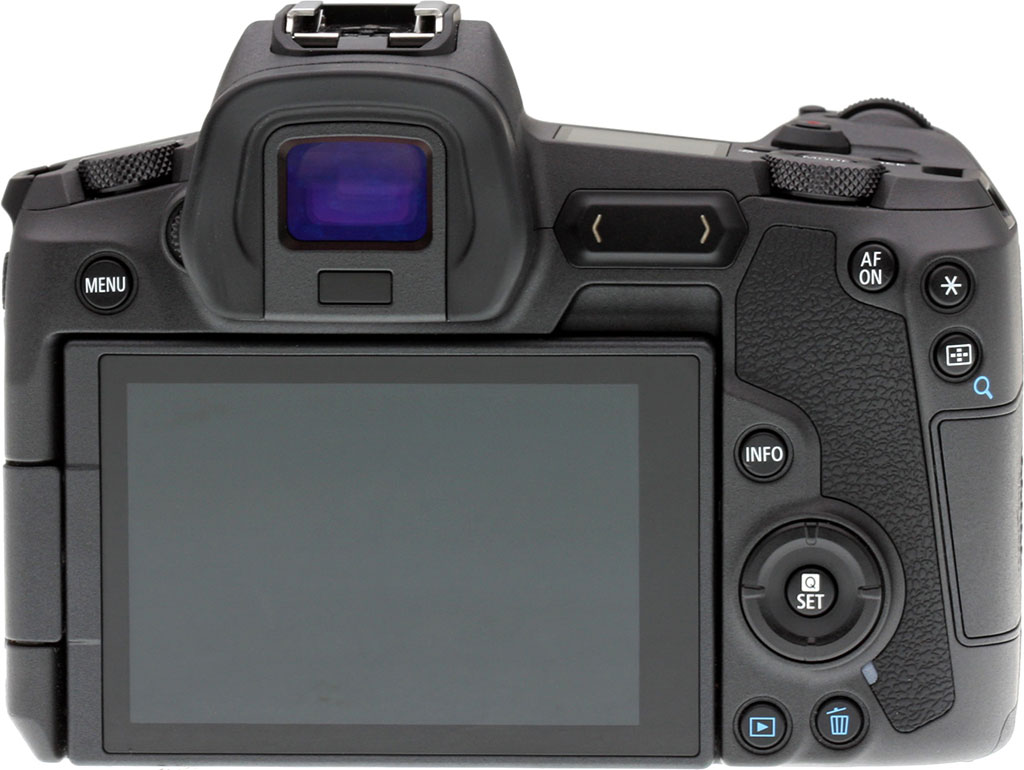 Canon Eos R Review 6d Kit 24 105mm F 35 56 Is Stm Wifi And Gps With Less Space On The Camera Has Fewer Buttons In Some Cases This Not A Problem However Other It Can Take An Extra Step To