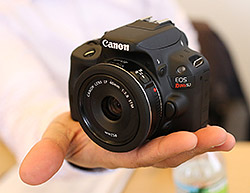 Canon SL1 review -- Shown in-hand