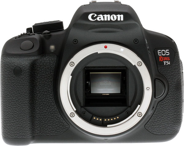Canon T5i review -- Front view