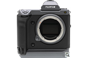 image of the Fujifilm GFX 100 digital camera
