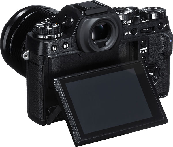 Fuji X-T1 Review -- Left view