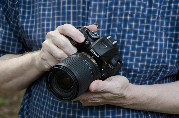 Nikon D5300 Review -- hands-on front