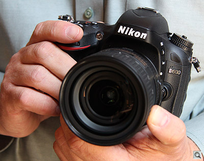 Nikon D600 in hands - Thanks to Ellis Vener, hand model