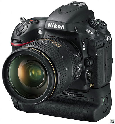 Nikon D800 with MB-D12 Multi-Power Battery Pack