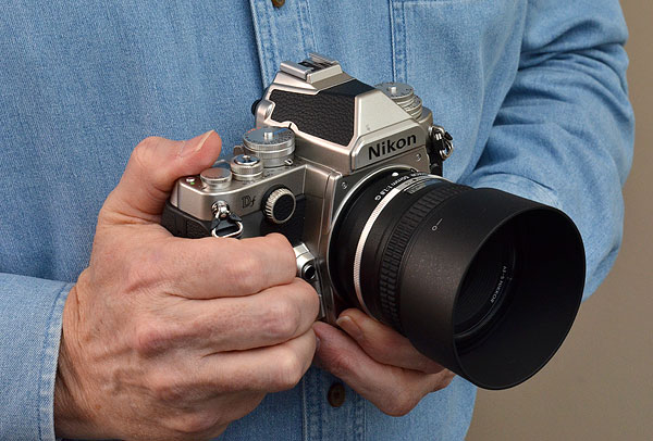 Nikon DF Review -- In hand front quarter image