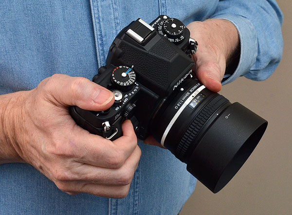 Nikon DF Review -- In-hand top quarter image