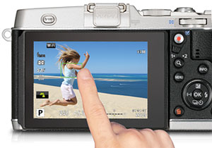 Olympus E-P5 Review - Touchscreen LCD
