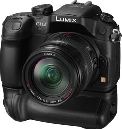 Panasonic GH3 review -- Accessory grip