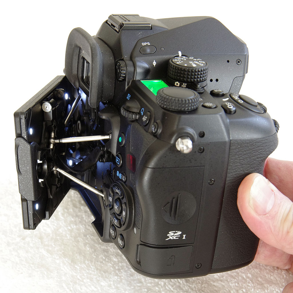 Pentax K 1 Review Parts Diagram Exploded Nikon D800 Camera More Leds Can Be Found Hidden Beneath The Rear Of Lcd Monitor Tilt It To One Side And Will Illuminate Its Own Panel Controls For