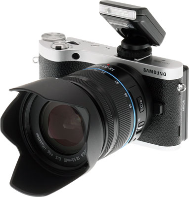 Samsung NX300 Review -- Bundled flash